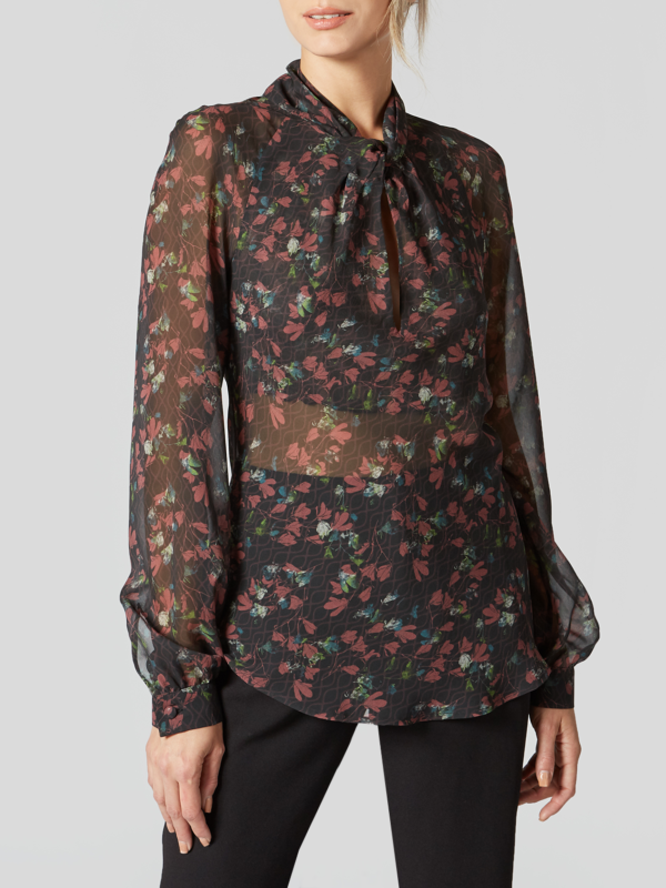 FLORAL GEORGETTE TWISTED FRONT BLOUSE 0003